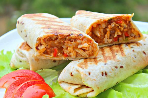 burrito-c-cyplyonkom-risom-kukuruzoi