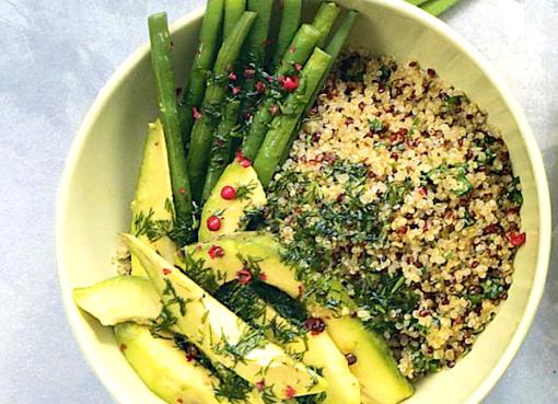 salat-iz-avokado-zelyonoj-fasoli-i-kino