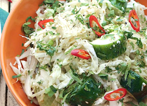 salat-iz-ogruchikov-s-pekinskoj-kapustoj